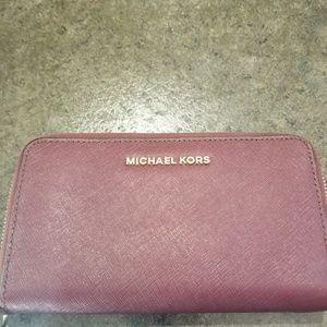 Michael Kors Crannberry Wristlet/Wallet